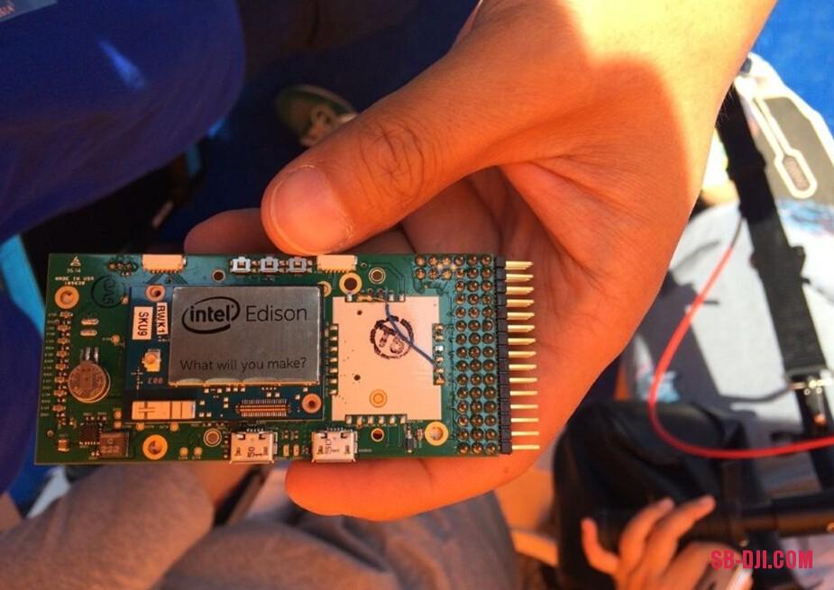 3DR多旋翼飞控与Intel Edsion处理器
