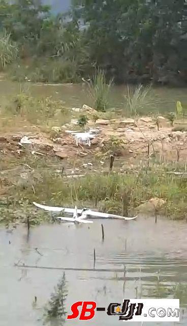 精灵3救援落水固定翼 结果全尼玛落水
