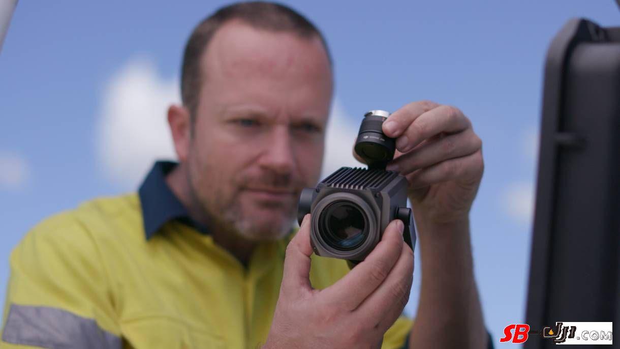 DJI大疆创新发布禅思Z30远摄变焦云台相机