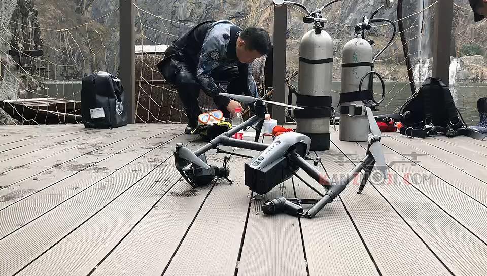 悟2在世茂深坑洲际酒店飞行落水 潜水员成功打捞