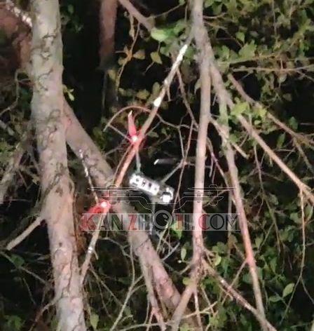 Mavic2夜间环绕拍摄撞树