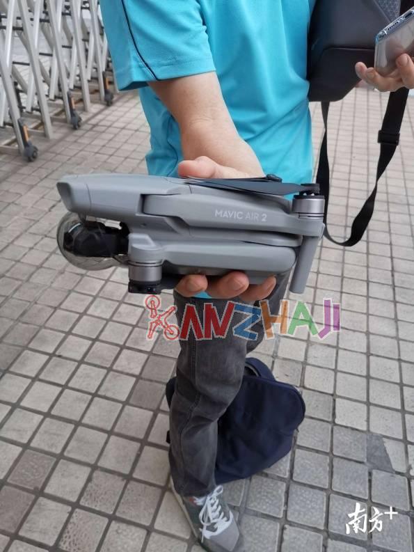 """深圳罗湖警方开出首张无人机""""黑飞""""罚单"""