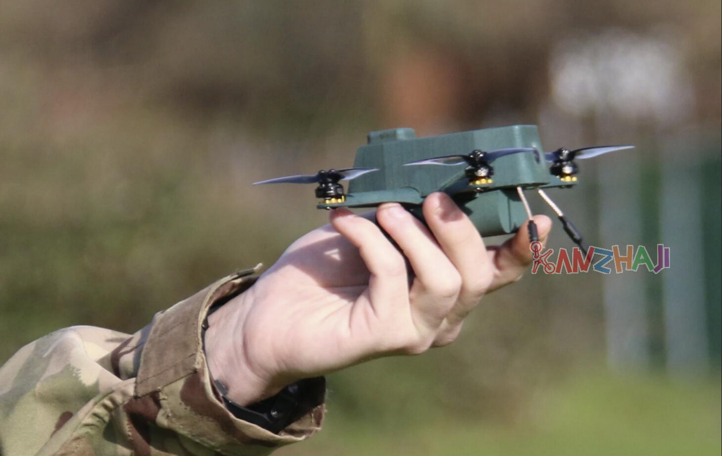 英军试用 Bug纳米无人机